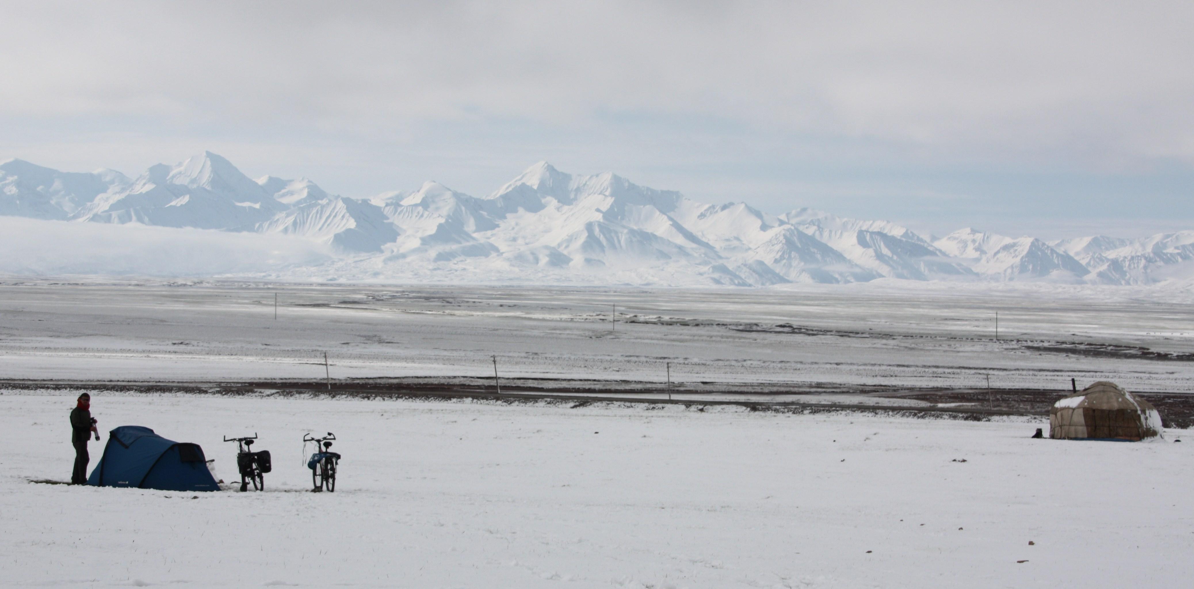 Récits de voyage  -  Films documentaires  -   Conférences  -  Photos